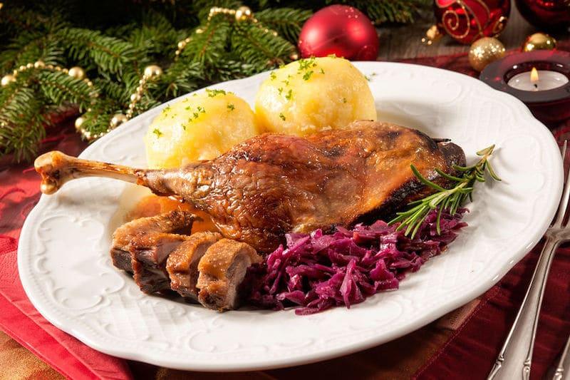 Plated roast goose