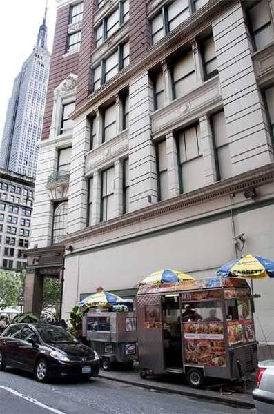 New York hot dog trucks