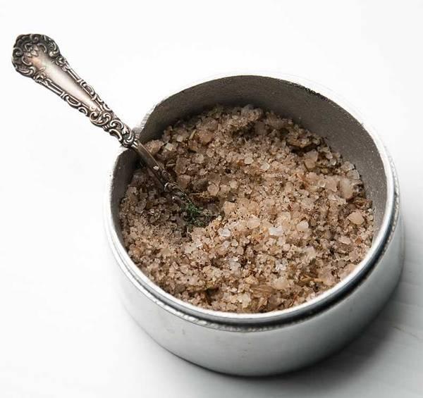 Seasoned salt in a bowl